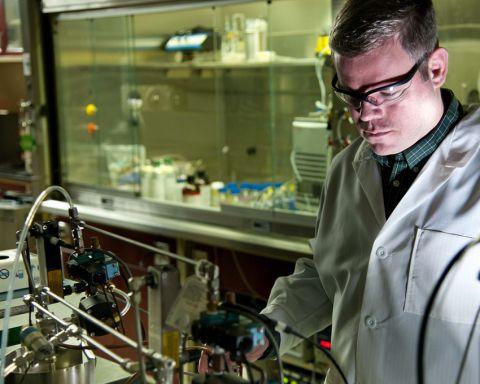 Lavoro sulle nanotecnologie