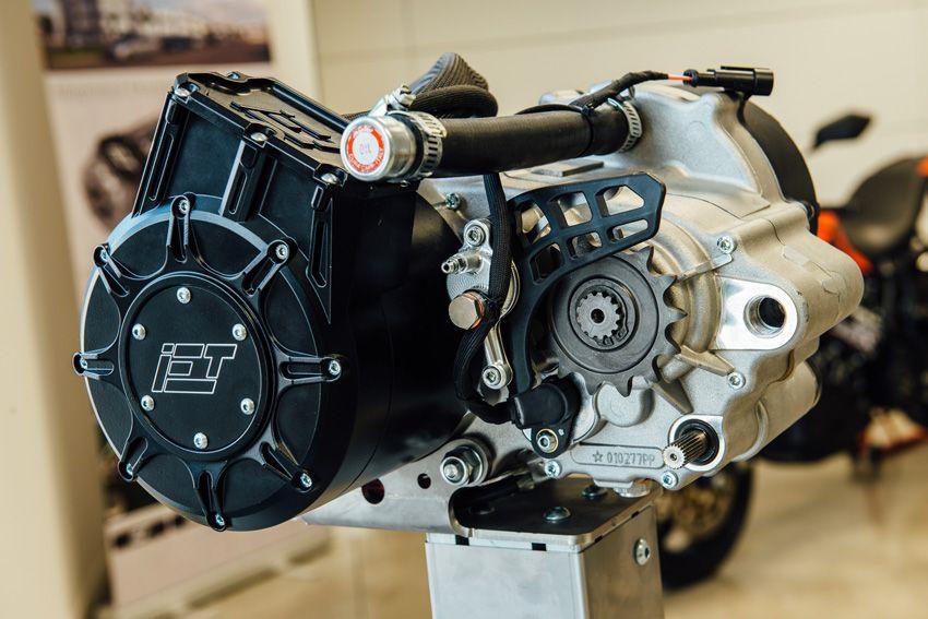 Smre si fa strada la concorrente italiana di tesla for Motori elettrici per macchine da cucire