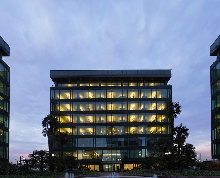 Esterno della sede italiana di Cisco, alle porte di Milano