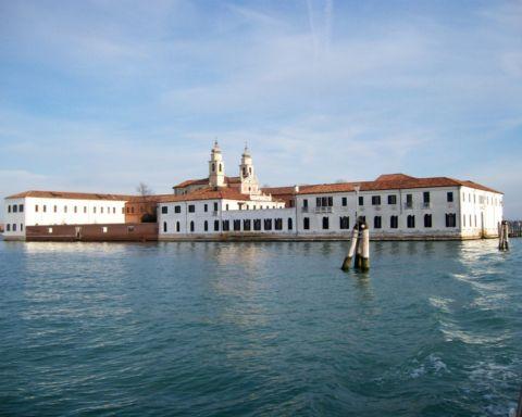 Isola di San Servolo, dove si tiene la Biennale dell'Innovazione