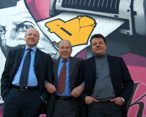 Orazio Boccia, al centro, assieme a Vincenzo Boccia ( a sinistra) e Maurizio Boccia ( a destra)