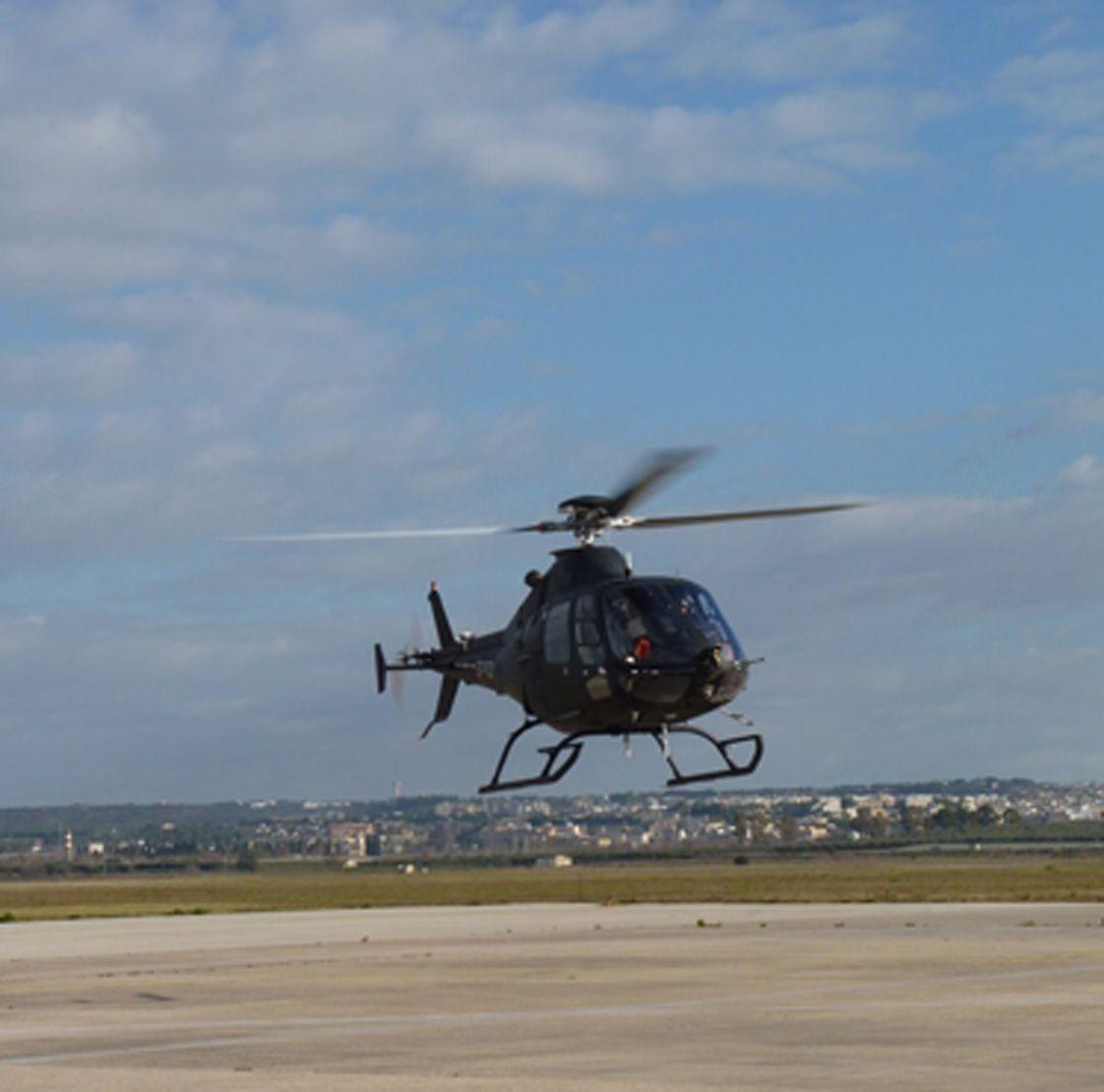 L Elicottero Posizione : Vola a grottaglie l elicottero senza pilota di leonardo