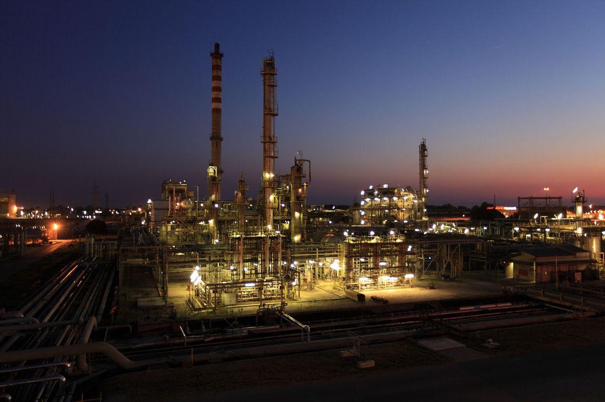 Impianto-petrolchimico
