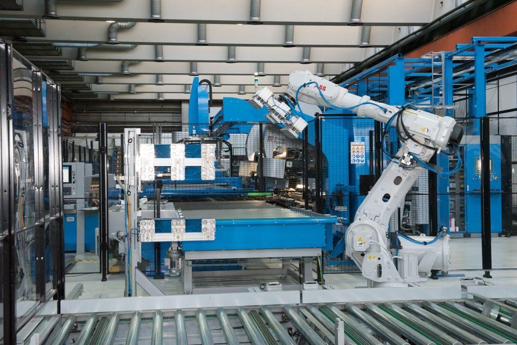 ABB-Robot1