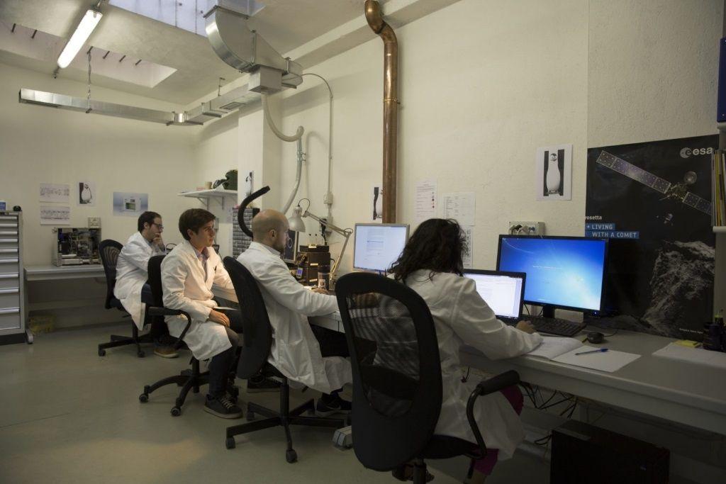 lab.elettronico-e1474028353938