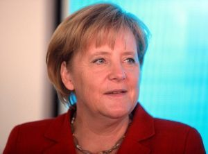 1280px-Angela_Merkel_09