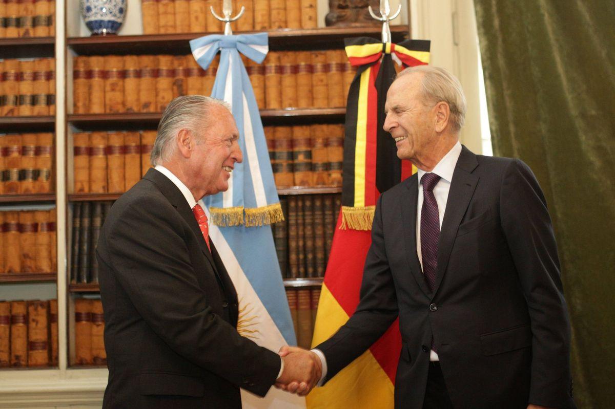 Daniel Funes de Rioja, Presidente B20 Argentina 2018 e Jürgen Heraeus, Presidente B20 Germania 2017 a Buenos Aires.