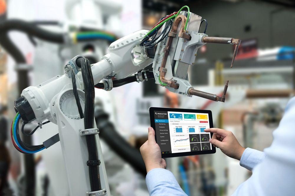lavoro robot o umani