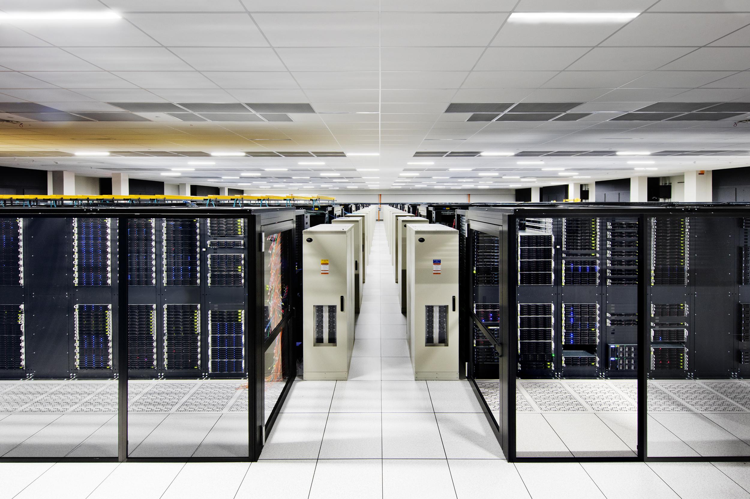 Inside IBM Cloud Dallas,Credit: Connie Zhou for IBM